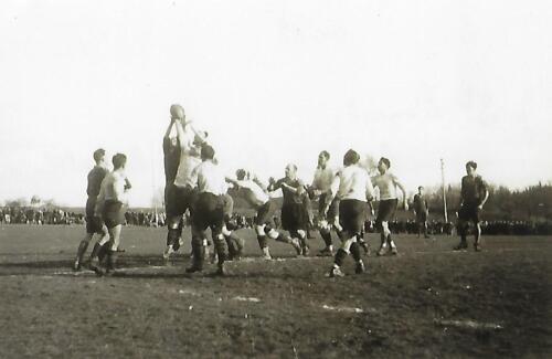 Match de rugby - La Belle - (1947-48) - Une touche