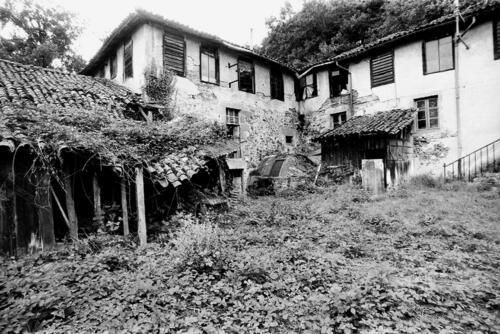 Papeterie du Moulin du Gôt avant restauration