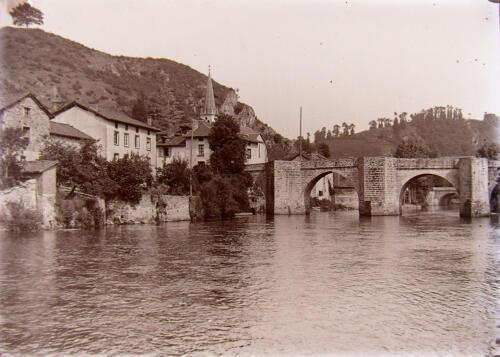Pont et Montagne de Clovis