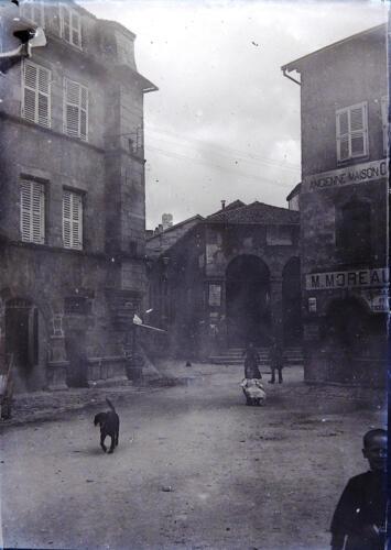 Place de la République (circa 1900) - Les halles