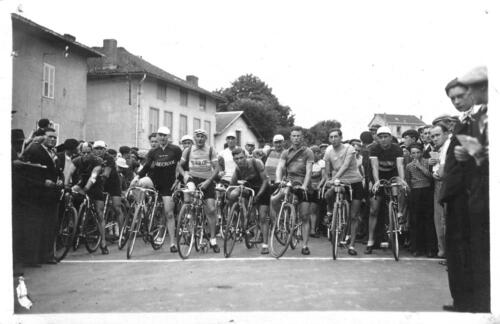SPO - Cyclisme - Départ course