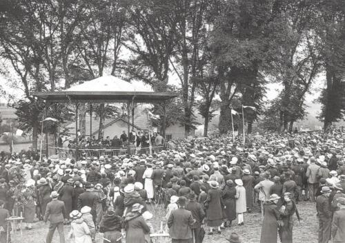 Concert au kiosque pour son inauguration (1934)