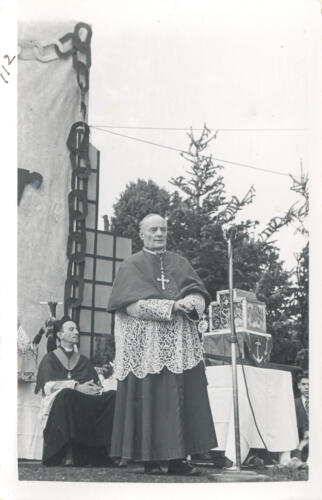 Ostensions - Mgr Rastouil