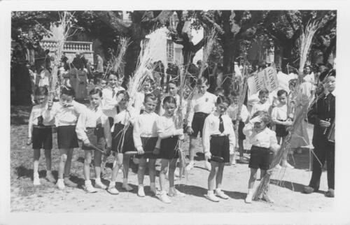 Ostensions - Groupe d'enfants
