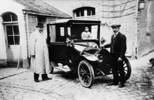 Taxi avant 1920