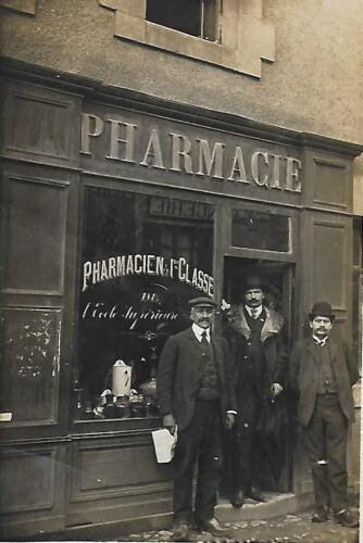 Pharmacie 1ère classe- Rue de la Révolution