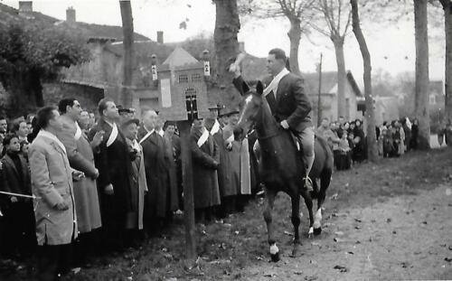 La Quintaine - M.-Rougerie à cheval