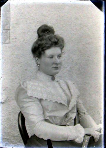 Famille Gay Lussac - Jeune fille