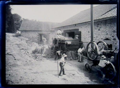 Batteuse - locomobile - vers Saint-Léonard-de-Noblat