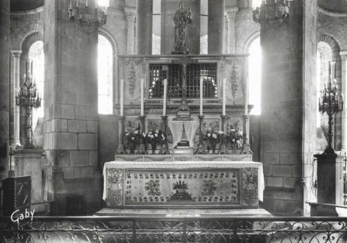 Intérieur de l'autel (1965)