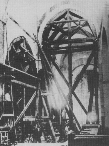 Réfection de l'intérieur (1880)