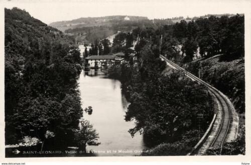 Ligne de chemin de fer - Vallée de la Vienne - Le moulin Giraud